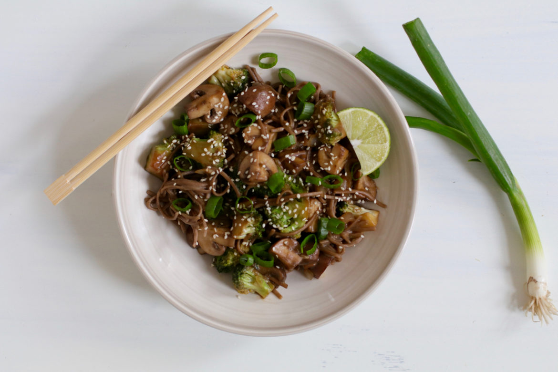 vegan teriyaki mushroom noodle recipe