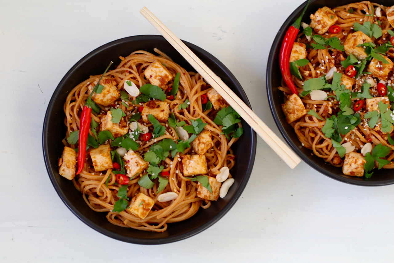 SPICY PEANUT SESAME NOODLES WITH TOFU