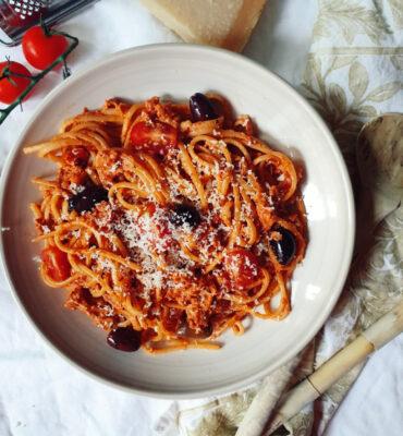 Tomato Mascarpone Spaghetti